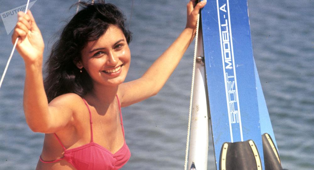 Une amatrice de ski nautique