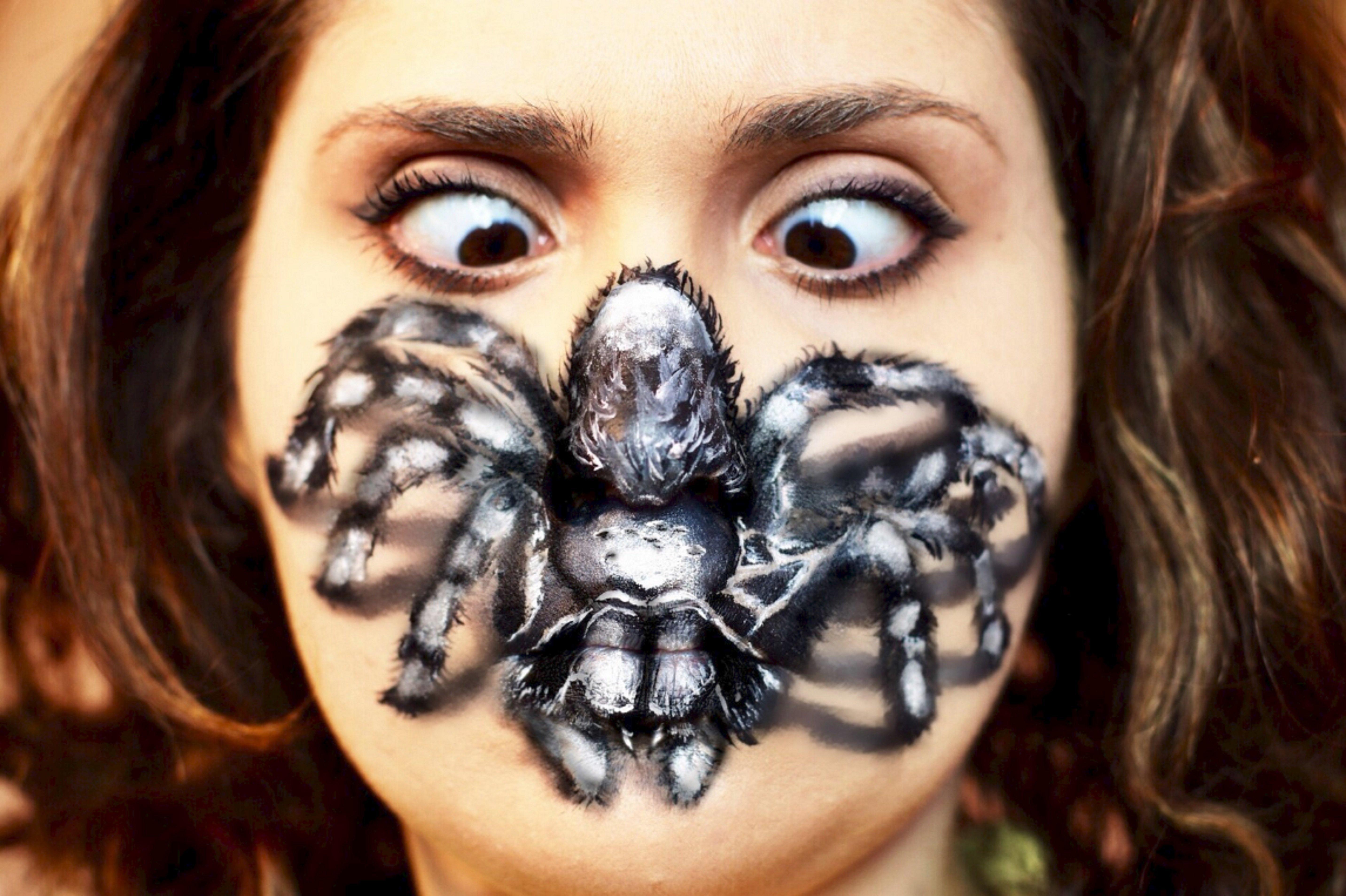 Les illusions hallucinantes d'Elena Martini