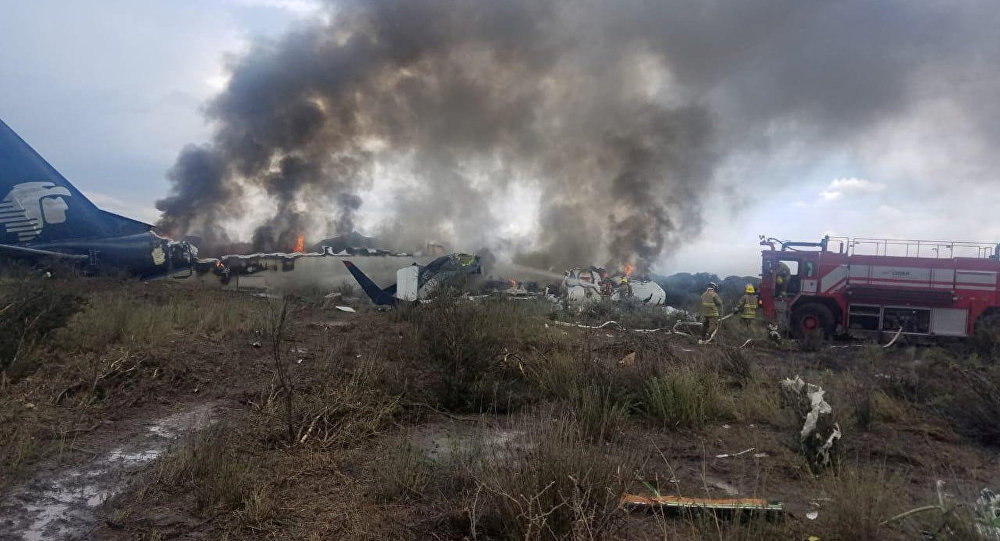 Site du crash de l'avion Embraer 190 au Mexique