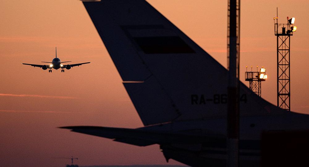 Un atterrissage d'avion
