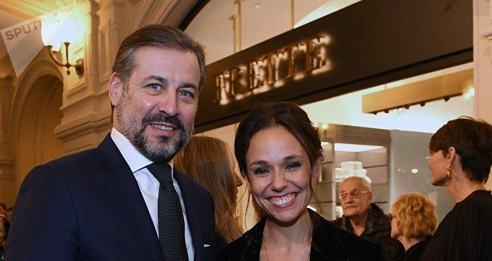 Natalia Strozzi à une cérémonie d'ouverture d'une boutique dans le centre commercial russe Goum, à Moscou