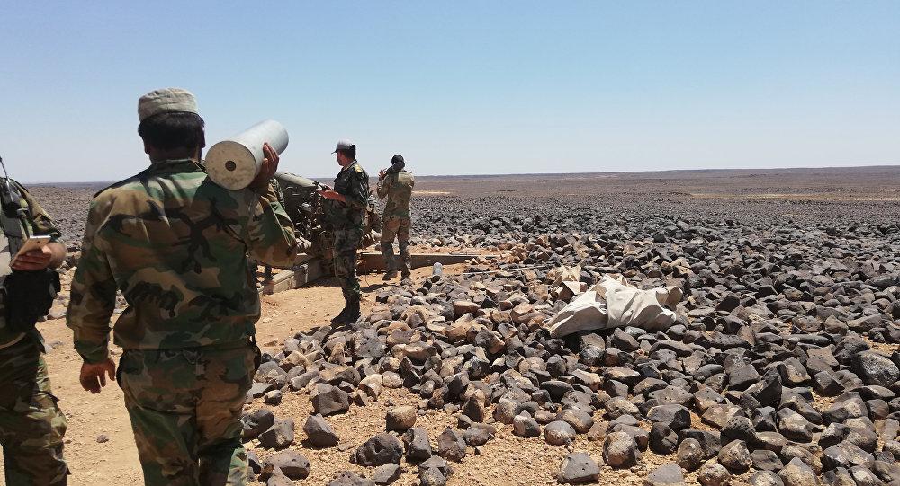 Les militaires syriens dans le désert de Soueïda