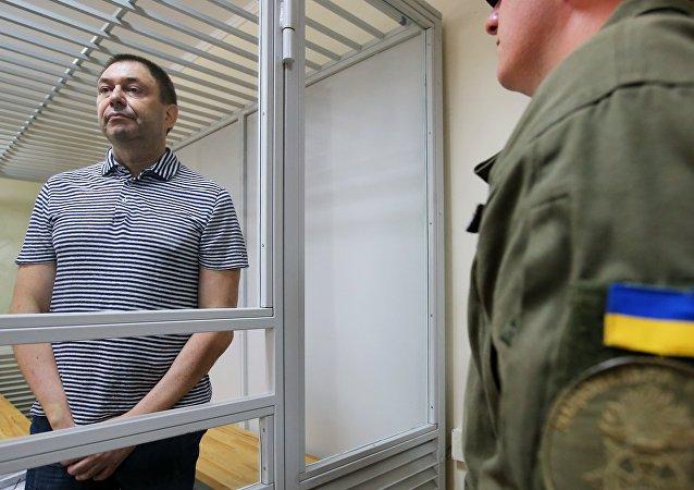 Le journaliste Kirill Vychinski au tribunal de Kherson