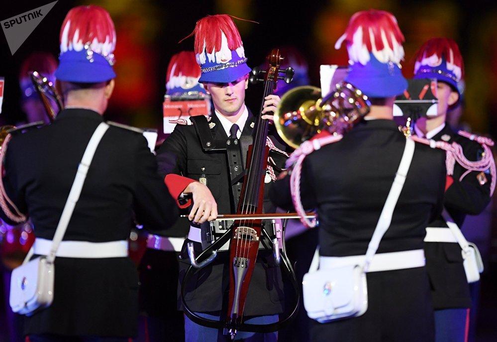 L'Orchestre des Carabiniers du Prince de Monaco à Moscou