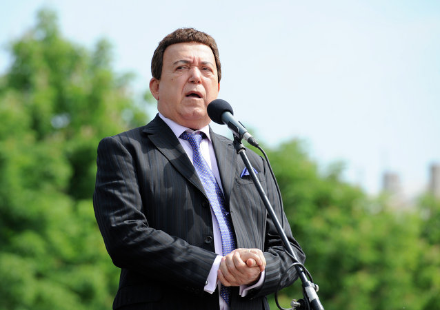 The singer Iosif Kobzon, Duma Vice-Speaker in charge of cultural matters, seen in Donetsk's Lenin Square on May 28 known now as Mourning Day commemorating victims of Ukrainian shooting