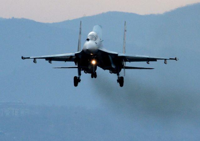 Des Su-27SM