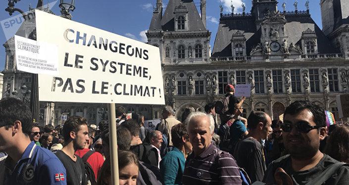 La marche mondiale pour le climat à Paris, image d'illustration