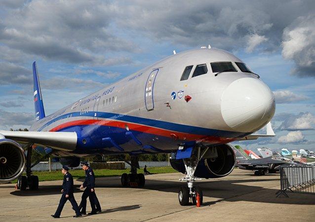Un Toupolev Tu-214ON pour des vols d'observation