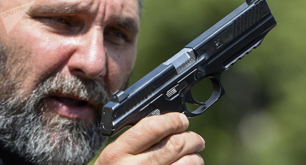 Pistolet Lebedev PL-14