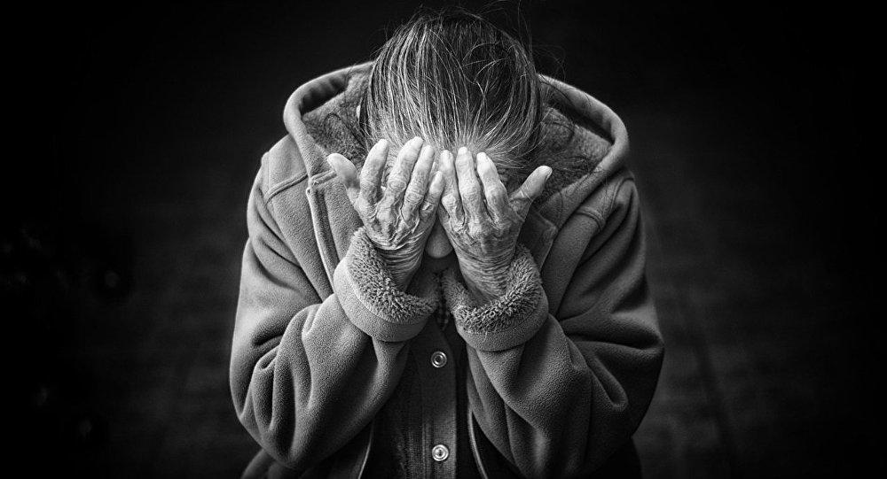 «Les personnes âgées sont les grandes oubliées du plan pauvreté» de Macron