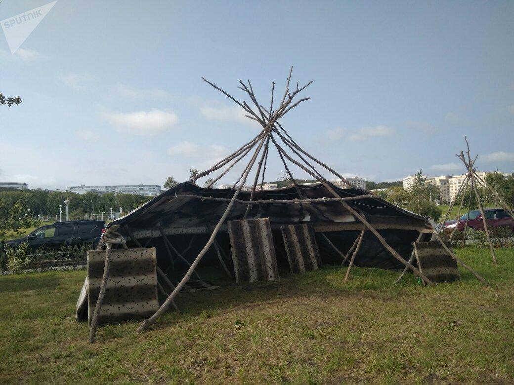 Une exposition présentant la nature, la culture et les réussites des neuf sujets fédéraux faisant partie du district fédéral extrême-oriental russe