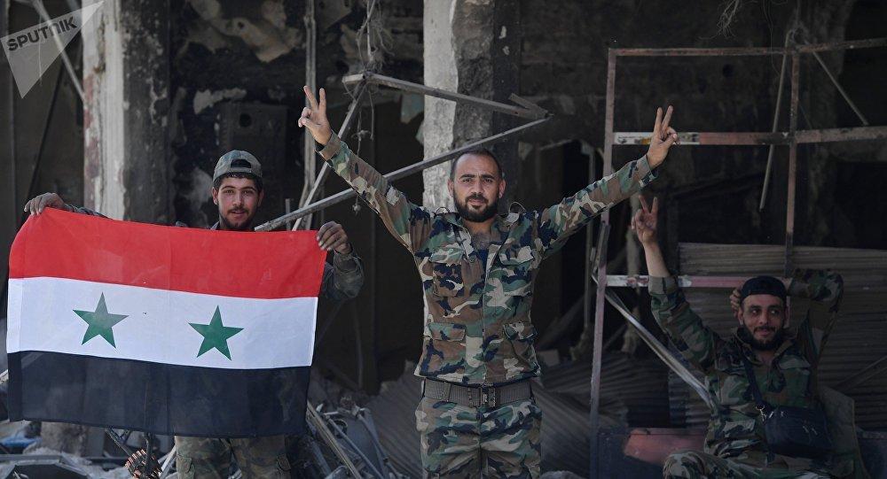 Des dépôts d'armes israéliennes découverts en Syrie dans la province de Deraa