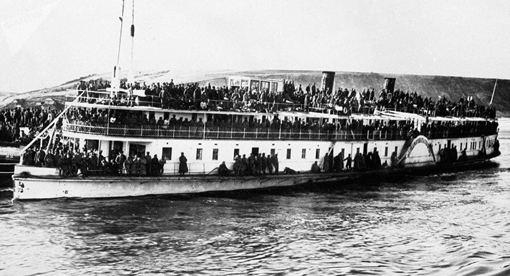 un bateau à vapeur (image d'illustration)