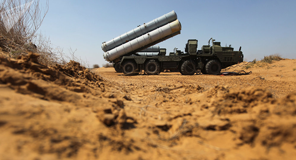 Un système de missiles S-300 (archive photo)
