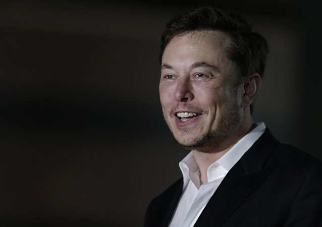 Tesla CEO and founder of the Boring Company Elon Musk speaks at a news conference, Thursday, June 14, 2018, in Chicago. The Boring Company has been selected to build a high-speed underground transportation system that it says will whisk passengers from downtown Chicago to O'Hare International Airport in mere minutes