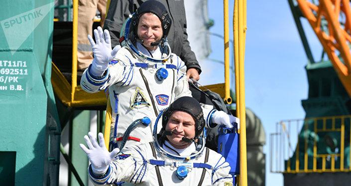 Atterrissage d'urgence pour deux astronautes en partance pour l'ISS
