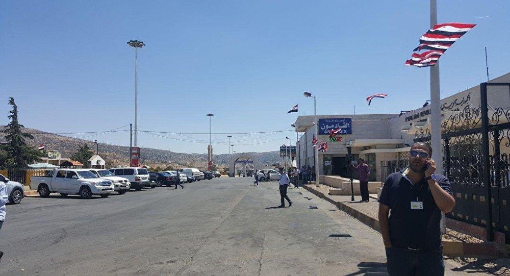 Gouverneur de Deraa: «nous attendons le retour des Syriens de la Jordanie» (vidéos)