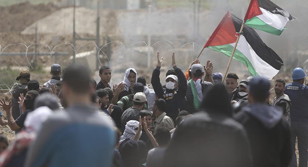 Une photo d'un manifestant palestinien devient virale