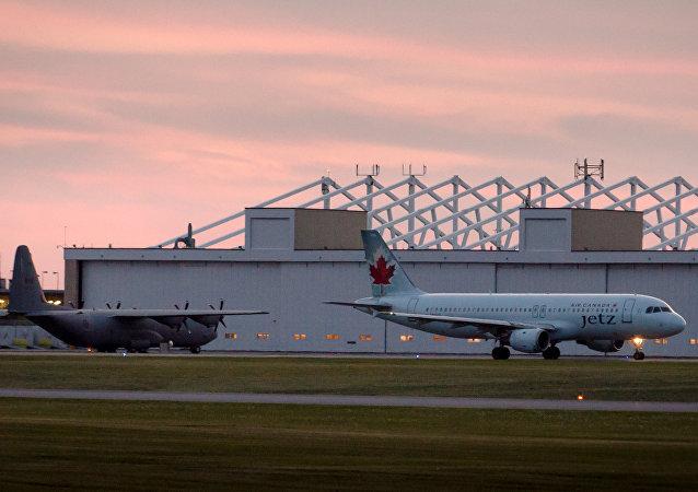 Aéroport international d'Ottawa. Photo d'archive