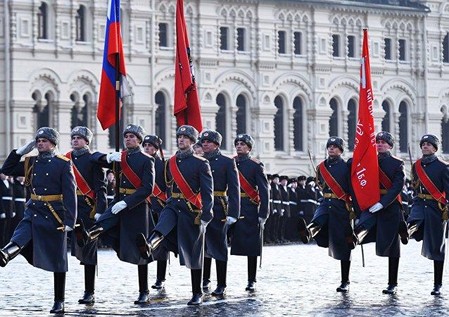 le 77e anniversaire du défilé militaire de la place Rouge de 1941