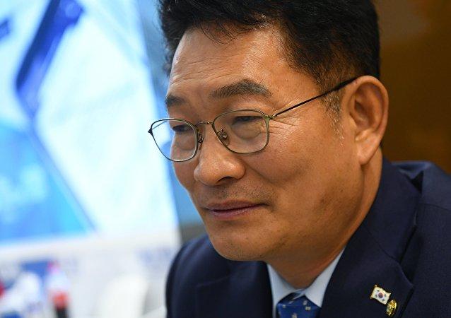 Song Young-gil, député sud-coréen