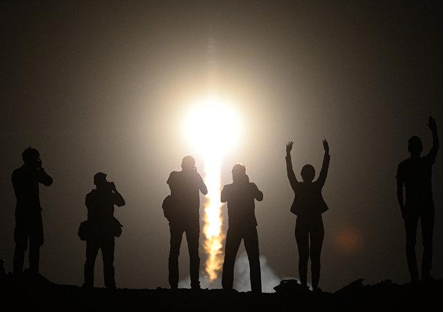 Lancement du vaisseau Soyouz TMA-13M vers l'ISS
