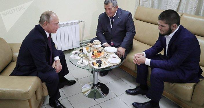 Khabib Nurmagomedov et Vladimir Poutine