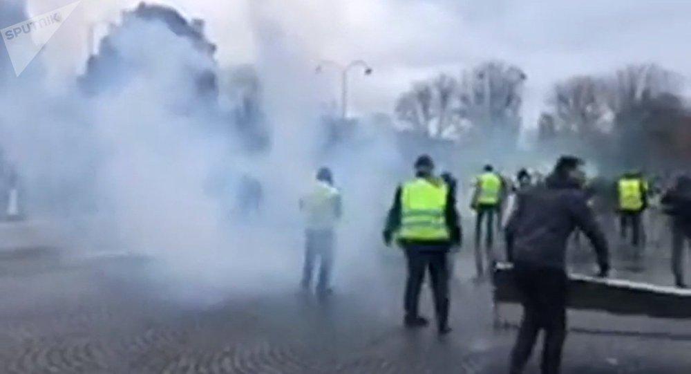 Les «gilets jaunes» entament l'acte 2 de la mobilisation à Paris, 24 novembre 2018