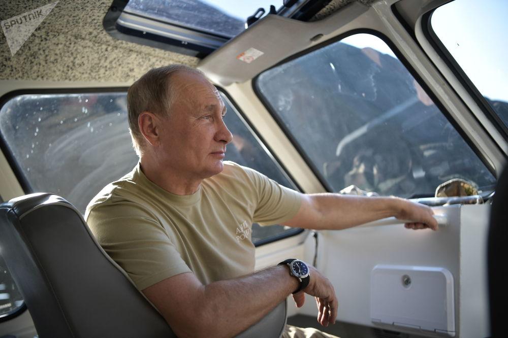 Poutine et les automobiles