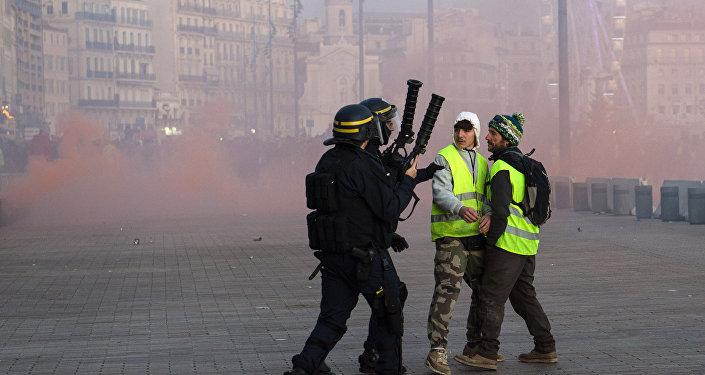 Une manifestation des gilets jaunes à Marseille le 1er décembre 2018
