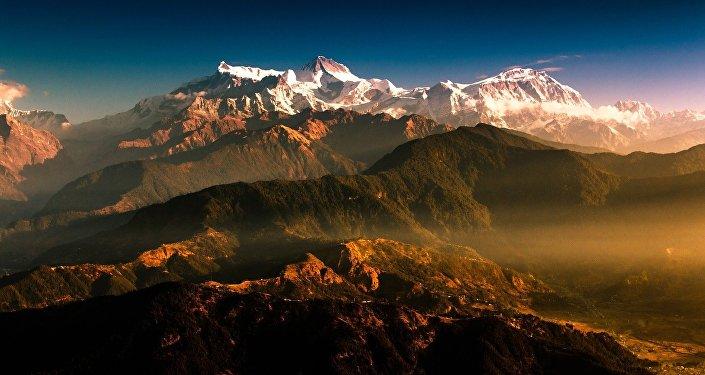 Les montagnes, image d'illustration