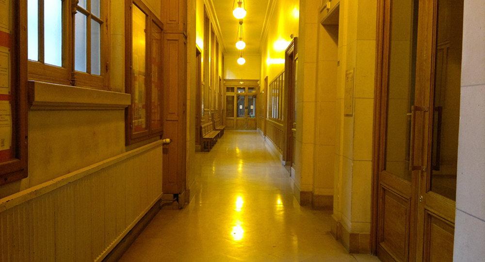 Les facs de Sorbonne Nouvelle et Tolbiac bloquées par des étudiants (vidéos)