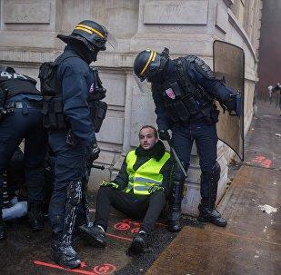 Lors de la mainfestation le 1 déce,bre à Paris