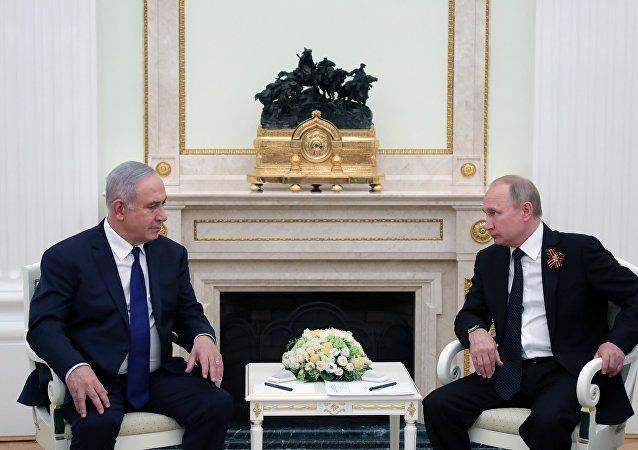 Benjamin Netanyahu et Vladimir Poutine (archives)
