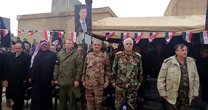 Des militaires syriens présents à la cérémonie