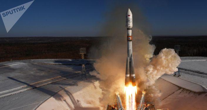 Un lanceur russe Soyouz-2.1a décolle depuis le cosmodrome Vostotchny