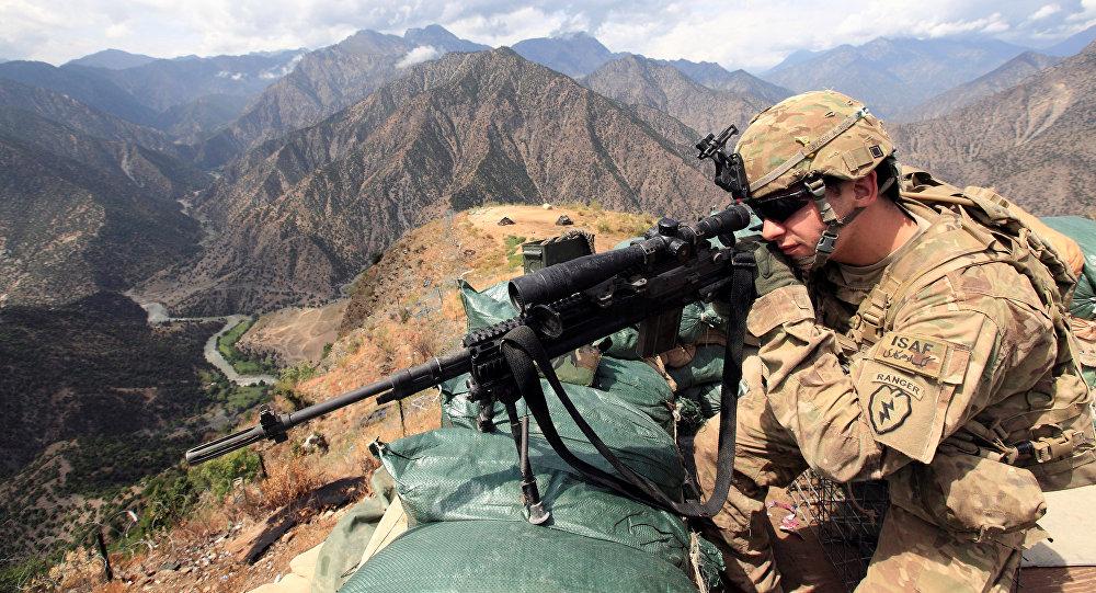 Pourquoi les USA se retirent-ils de Syrie, mais pas d'Afghanistan?