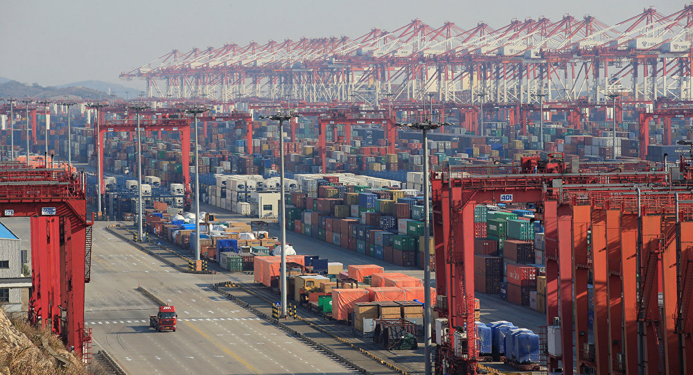 Des conteneurs au port chinois de Yangshan à Shanghaï (archive photo)