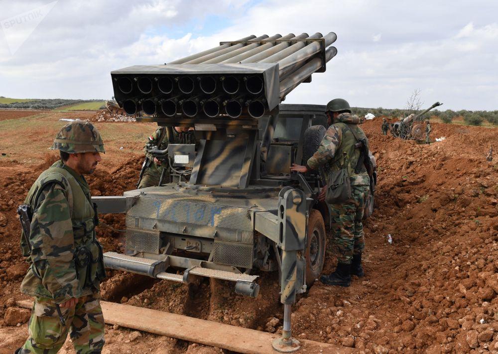 Avancée de l'armée syrienne à Manbij, au nord-est d'Alep