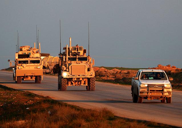 Véhicules US en Syrie