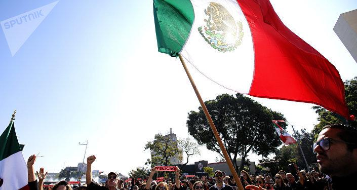 Manifestants contre la pénurie de l'essence, Guadalajara, Mexique