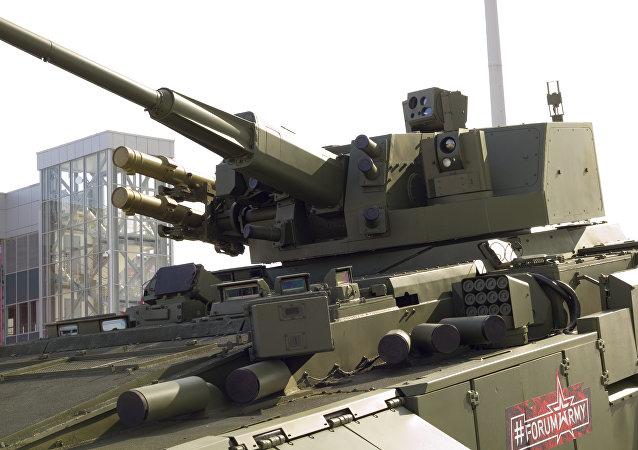 le module de combat de calibre 57 mm AU-220M