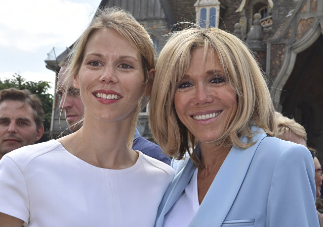 Tiphaine Auziere et Brigitte Macron