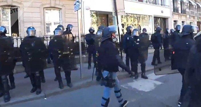 Les Gilets jaunes descendent de nouveau dans la rue (17 février 2019)