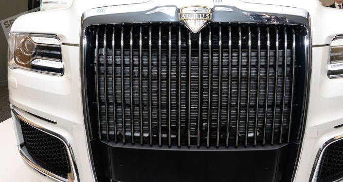 Présentation de la limousine Aurus à Abou Dhabi