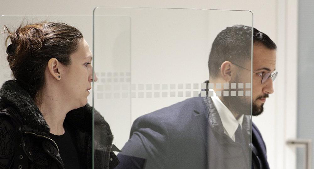 Premieres Images D Alexandre Benalla A Sa Sortie De Prison