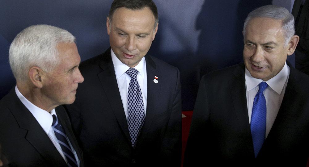 Mike Pence, Andrzej Duda et Benjamin Netanyahu au sommet de Varsovie