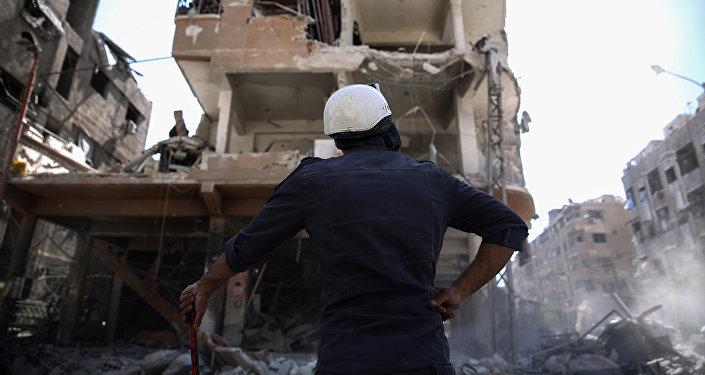 un membre de l'organisation Casques blancs en Syrie