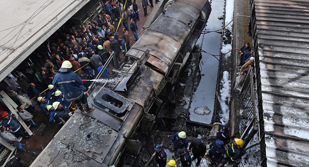 Accident de train dans une gare du Caire