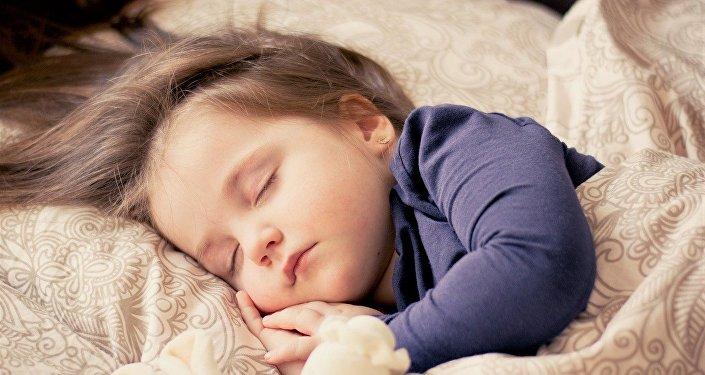 Un enfant (image d'illlustration)